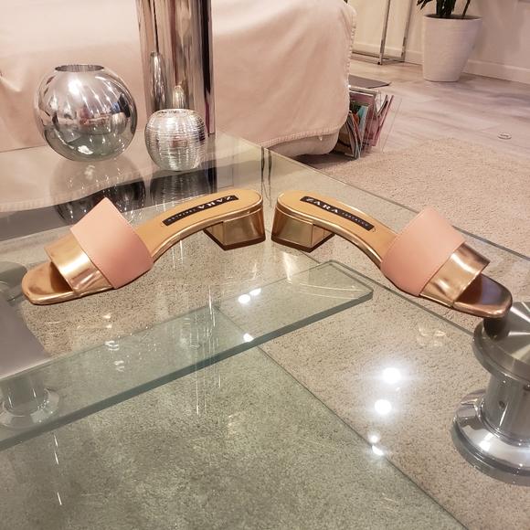 NWOT - Zara rose gold and nude block heels sandals